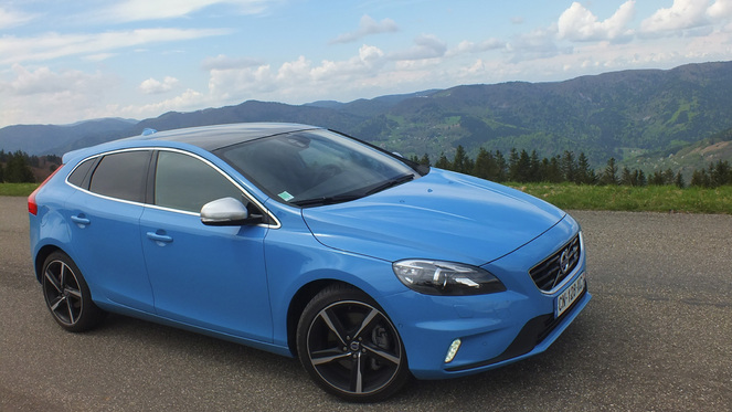 Reprogrammation Volvo V40 / V40 Cross Country 1.6 D2 115